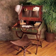 British Colonial Campaign Furniture: Topee hat, campaign desk and stool. - British Colonial Campaign Furniture: Topee hat, campaign desk and stool. Vintage Suitcases, Vintage Luggage, Vintage Travel, Vintage Suitcase Decor, Suitcase Table, Vintage Market, Vintage Decor, British Colonial Decor, British Decor