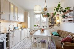17 Couches In Kitchens Ideas Interior House Design House Interior