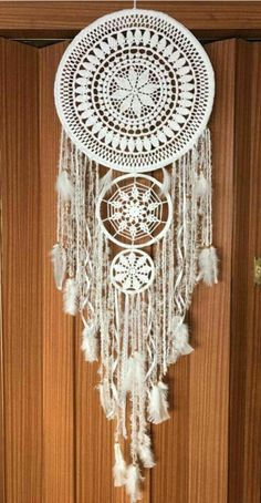 Dream Catcher Patterns, Dream Catcher Craft, Crochet Dreamcatcher, Macrame Art, Native Indian, Indian Art, Black Dream Catcher, Teen Decor, Deco Boheme