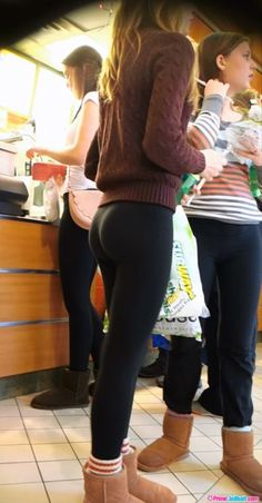 30 Best Bums Images In 2017 Yoga Pants Pants Tights