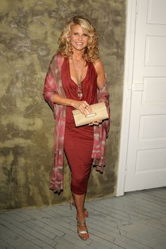 Glamour. Christie Brinkley's Style Evolution.2009 Getty.