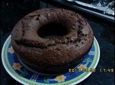 Bolo de Banana com Chocolate de Liquidificador - Veja mais em: http://www.cybercook.com.br/receita-de-bolo-de-banana-com-chocolate-de-liquidificador.html?codigo=16359