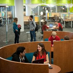 The new James B. Hunt Library at North Carolina State University shows what can happen when you marry a library with cutting-edge technology and interesting design–plus an automated librarian. Library Cafe, Teen Library, Modern Library, Dream Library, Library Design, College Library, Library Furniture, Funky Furniture, Learning Spaces