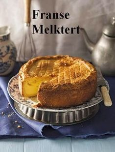 i don't know what this is ,but i want to taste it Franse melktert (Gâteau Basque) Custard Recipes, Tart Recipes, My Recipes, Cooking Recipes, Favorite Recipes, Eggless Recipes, French Recipes, No Bake Desserts, Dessert Recipes