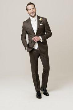 Die 8 Besten Bilder Von Hochzeitsanzuge Bride Groom Dress