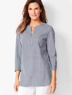 Shop Talbots for modern classic women's styles. You'll be a standout in our Jacquard Gingham Popover - only at Talbots! Classic Style Women, Classic Looks, Kebaya Dress, Simple Kurti Designs, Sexy Blouse, Western Dresses, African Dress, Gingham, Girl Outfits