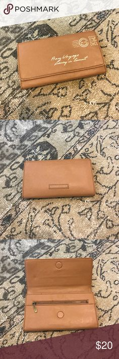 💥FLASH SALE💥BCBGMaxAzria Clutch Cute. Labeled as passport holder but I always used it as a clutched. BCBGMaxAzria Bags Clutches & Wristlets