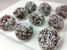 CHOCOLATE RUM BALLS - Christmas Recipe