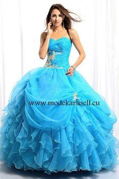 Hell Blaues Ballkleid Brautkleid mit Rüschen