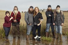 Miss Kay, Phil, Willie, Korie, Jase and Si Robertson--DUCK DYNASTY