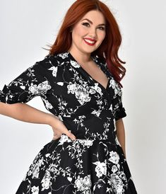 b9e408fabf6 Unique Vintage Plus Size 1950s Black   White Floral Delores Swing Dress  with Sleeves