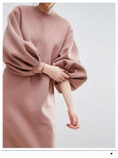 Hijab Mode Inspiration, Abaya Fashion, Muslim Fashion, Fashion Dresses, Modern Hijab Fashion, Stylish Dress Designs, Stylish Dresses, Warm Dresses, Grunge Style