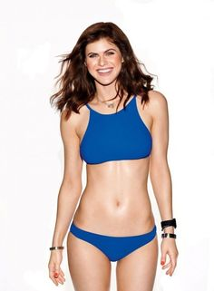 Alexandra daddario Actress images age wiki matthew height Beautiful female - Alice Home Sexy Bikini, Bikini Girls, Alexandra Anna Daddario, Alexandra Daddario Baywatch, Beautiful Celebrities, Beautiful Women, Beautiful Actresses, Celebrity Bikini, Celebrity Dads
