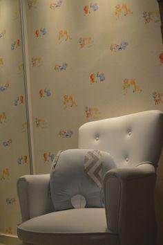 quartinho do bebe gabriel! Projeto e papeis de parede DECORATT!