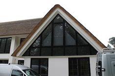 SunSquare® binnen toegepast als maatwerk raamverduistering Triangle Window, Restaurant Specials, Curtains With Blinds, Home Projects, Ramen, Outdoor Gear, Tent, Shed, Outdoor Structures