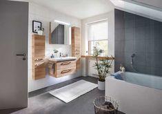 Tipps für ein modernes Bad Alcove, Bathtub, Vanity, Bathroom, Design, Mirror With Lights, Closet Storage, Tips, Homes