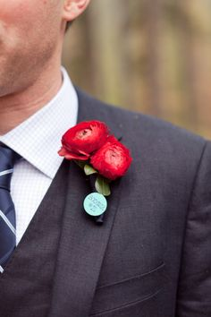 Don't overlook this small detail, it will make a big impact in your photos and can be a fun but subtle way for the groom to accent his personal style.
