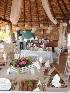 Ambientalización ideal para tu boda en playa hecha por Bodas Huatulco