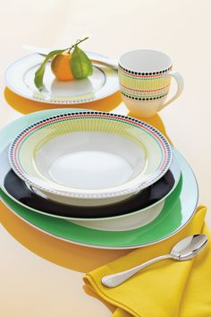 Kate Spade New York Hopscotch Drive dinnerware and serveware and Library Lane flatware could be a perfect addition to your new home. Don't forget to add these cute dining and entertaining items to your registry.