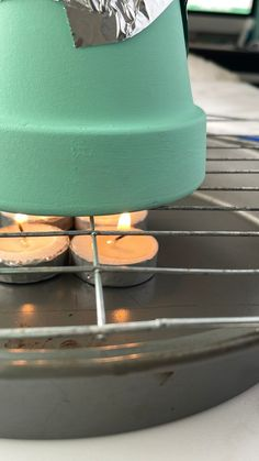 How to Make A Flower Pot Heater Easy Arts And Crafts, Simple Crafts, Easy Diy Crafts, Simple Diy, Fun Crafts, Tea Light Candles, Tea Lights, Aluminum Foil Pans, Tiny Shop