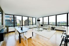 GORGEOUS CORNER 2 BEDROOM WITH CITY WIDE VIEWS
