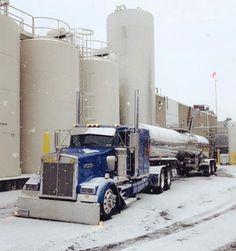 Semi Trucks, Big Trucks, Heavy Construction Equipment, Logging Equipment, Road Train, Heavy Duty Trucks, Peterbilt Trucks, Tow Truck, Diesel Trucks