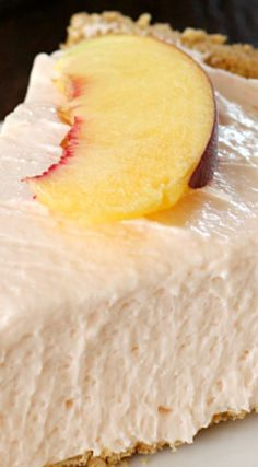 No-Bake Peach Cheesecake ~ So quick and easy, not to mention delicious... It's the perfect treat all year long!