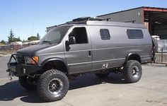 Ford E 350 with Aluminess front and rear bumper