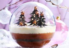 Forêt noire - Mathilde Bouhier - My Ideas Xmas Food, Christmas Cooking, Christmas Desserts, Christmas Treats, Christmas Time, Fancy Desserts, Cupcakes, Plated Desserts, Food Art