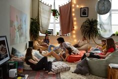 UO Guide: The Perfect Movie Night - Read More
