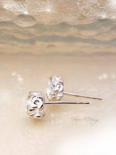 Romantic silver stud earrings with zirconia - Bridesmaids gift - CZ earrings by HopeADesign on Etsy Bridesmaid Earrings, Bridesmaid Gifts, Bridesmaids, Jewelry Box, Silver Jewelry, Silver Rings, Halo 7, Matching Rings, Solitaire Ring