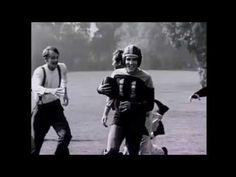 Elvis Presley - Memories (New Edit) Elvis Presley Memories, Elvis Presley Videos, Levis, Singing, King, Youtube, Music