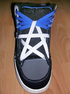 Learn tie your shoelaces