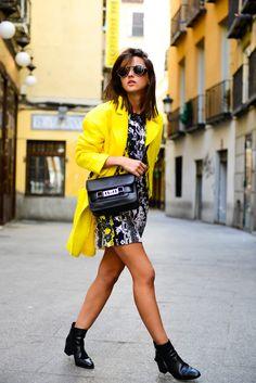 black & yellow & white - Lovely Pepa by Alexandra