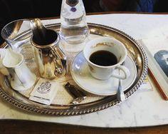오니까 비오는 #베네치아 삼백년된 카페와서 커피마시다 그냥 숙소돌아갈거같은 강력한 삘링 #caffeflorian #venezia #venice #베니스 #홍수 난 #산마르코광장