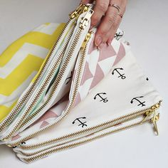 Zana Pouches are now for sale! Sewing Tutorials, Sewing Crafts, Sewing Projects, Diy Couture, Fabric Bags, Zipper Pouch, Diy Clothes, Cosmetic Bag, Purses And Bags