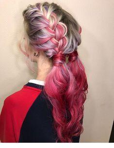 mitad mitad lila y rosa colores pastel Wash Out Hair Color, At Home Hair Color, Pink Hair, Ombre Hair, Hair Cute, Pinterest Hair, Dye My Hair, Rainbow Hair, Bad Hair