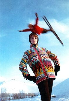 Retro Fashion Astrid Heeren in ski jacket by Emilio Pucci, photo Peter Beard, Vogue 1964 - Peter Beard, Vintage Ski, Vintage Winter, Mode Vintage, Vintage Posters, Vintage Travel, Vintage Sport, Vintage Style, Emilio Pucci