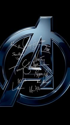 The Avengers cast signing as their characters lockscreens 🌯 Marvel Canvas, Marvel Art, Marvel Dc Comics, Marvel Avengers, Dragon Wallpaper Iphone, Marvel Phone Wallpaper, Superman News, Iron Man Wallpaper, Iron Man Avengers