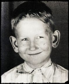 A young Roy Orbison - lovely, cheeky grin. Celebrities Then And Now, Young Celebrities, Celebs, Roy Orbison, Childhood Photos, Silly Faces, People Of Interest, Music Magazines, Beautiful Voice
