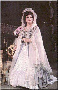 "Maria  Bieşu in the party Amelia in the Opera ""Un ballo in maschera"" by G.Verdi, 1989. Мария Биешу в партии Амелии  в опере «Бал-маскарад» Дж.Верди, 1989 г."