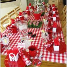 Make use of these cost-free picnic table plans to build a picnic table for your yard, deck, or any other area around your residence where you need sitting. Developing a picnic table is . Read Best Picnic Table Ideas for Family Holiday Picnic Theme, Picnic Birthday, Birthday Parties, Indoor Birthday, Picnic Parties, Summer Birthday, Birthday Bash, Happy Birthday, Picnic Decorations