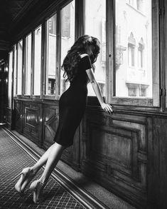 Lavish Lawyer — Like a lady…. Art Beauté, Portrait Photography, Fashion Photography, Art Photography Women, Shotting Photo, Black N White, Black And White Photography, Pin Up, Photoshoot