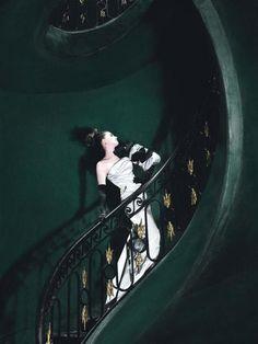 Audrey Hepburn? No, Anne Hathaway!! « Jules' Way