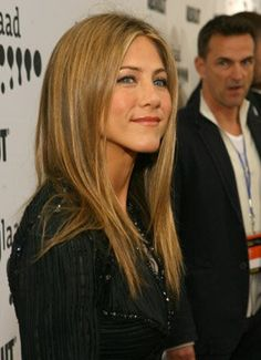 Jennifer Aniston- Thinking about this color or something close to it for Summer/ Fall.