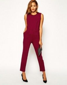 Buy ASOS Jumpsuit with Open Back and Pleated Detail at ASOS. With free delivery and return options (Ts&Cs apply), online shopping has never been so easy. Get the latest trends with ASOS now. Overall Lang, Jeans Overall, Pleated Jumpsuit, Playsuits, Jumpsuits For Women, Elegant, Neue Trends, Fashion Online, Rompers