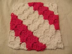 f1bercat's SlowKnitter: Photo Tutorial for Diagonal Box Stitch Square by SmoothFox