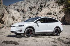 White Tesla Model X 2016