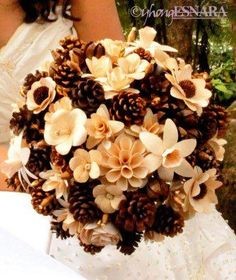 OMG!!  I found my bouquet!! :  wedding pine cone bouquet Pine Cone Bouquet 2