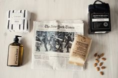 Home details and The New York Times #deananddeluca #nyt #wholefoods #coffee  http://skiglari-norppa.blogspot.com